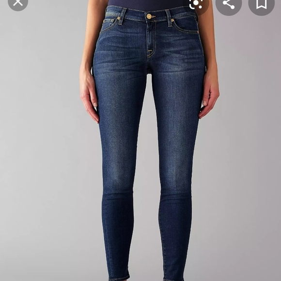 """7 For all Mankind """"The Skinny"""" jeans size 29"""""""